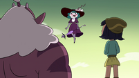 S4E32 Eclipsa Butterfly 'barely made a dent!'