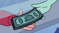 S2E33 Faun girl giving money to Marco Diaz