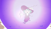S4E32 Eclipsa Butterfly shielded by a barrier