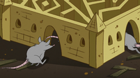 S2E20 Rats scurry into corn sculpture of Butterfly Castle