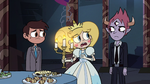 S3E24 Star Butterfly picking up a candelabra