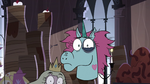 S3E33 Pony Head looking puzzled