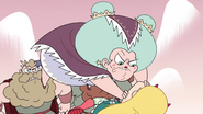 S2E15 Aunt Etheria pounces on Star Butterfly