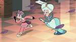 S3E28 Moon and Eclipsa running to the exit