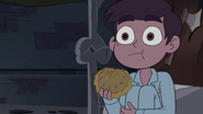 S4E1 Marco Diaz eating a pie