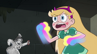 S4E7 Star with Rainbow Fists on her hands