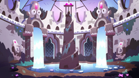 S3E38 The Mewni royal sanctuary