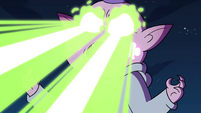 S4E17 Meteora firing beams from her eyes