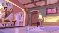 S1E13 Marco finds the living room empty