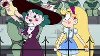 S4E16 Meteora jumps out of Eclipsa's arms