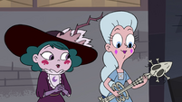 S4E3 Eclipsa watches Moon play the guitar