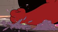 S4E6 Wrathmelior smashes the demon blender