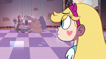 S4E36 Star sees Queens of Mewni behind her