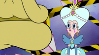 S2E25 Queen Butterfly listening to Glossaryck