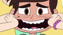 S3E34 Star forcing Marco to smile