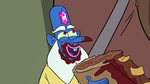 S2E5 Glossaryck 'I love the crunch!'