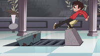 S1E12 Marco kicking guards down mine track