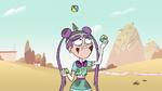 S2E9 Mina Loveberry juggling hackysacks