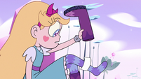 S3E37 Slip of paper falls out of Star's boot