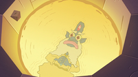S3E9 Glossaryck continues to stare at Star Butterfly