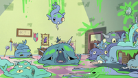 S2E23 Contaminated narwhals littering Star's bedroom