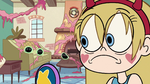 S2E11 Star Butterfly notices dancing tadpoles