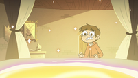 S3E18 Marco looking at the portal in Star's bed