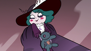 S3E36 Eclipsa looking slyly at Queen Moon