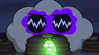 S4E21 Hypnoslumber appears behind Glowworm