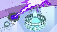 S4E21 Hypnoslumber blasting a chandelier