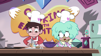 S4E9 Kelly asks as Marco chops onions