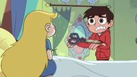 S3E18 Marco offers Star his dimensional scissors