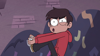 S4E32 Marco Diaz grips his foot in pain