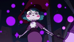 S3E38 Eclipsa Butterfly appears before Star