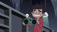 S4E11 Marco loves the Quest Buy storeroom