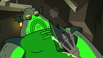 S2E20 Ludo's wand pointed at Buff Frog