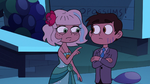 S2E27 Jackie Lynn Thomas points at Marco's face