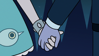 S3E12 Star Butterfly and Tom holding hands