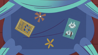 S3E8 Underside of Star Butterfly's bed canopy