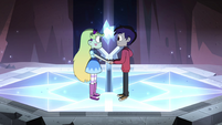 S4E13 Star and Marco on a glowing pedestal
