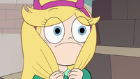 S2E41 Star Butterfly looking at Marco wide-eyed