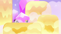S3E23 Star Butterfly running on the waterfall