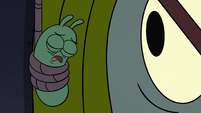 S4E21 Glowworm passes out and loses his light