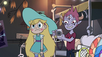 S4E4 Tom laughing at Marco