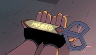 S2E31 Marco receives his own dimensional scissors