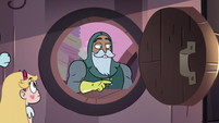 S3E8 Sir Lavabo pointing to the pickup window