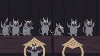 S2E41 Mewni rats cheer by the temple's front doors