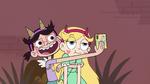 S4E26 StarFan13 taking a selfie with Star