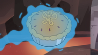 S4E2 Pie with butterfly-shaped topping