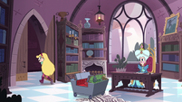 S3E17 Star Butterfly leaving the castle library